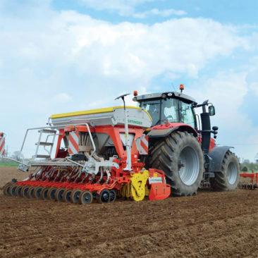 Bodenbearbeitung agrar service Strauch